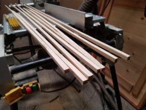 Kleine Planken aus Holz