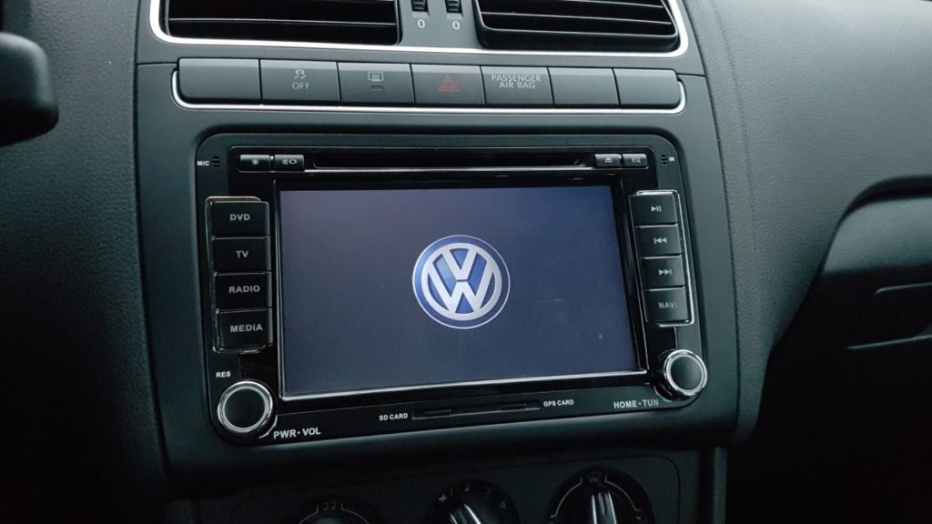Android Autoradio Joying JY-VQ124 Einbau in VW-Polo